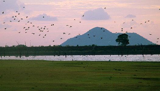 KANDALAMA-LAKE