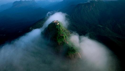 adams-peak-teatrails-srilanka